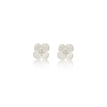 Hortensia Studs with Diamonds
